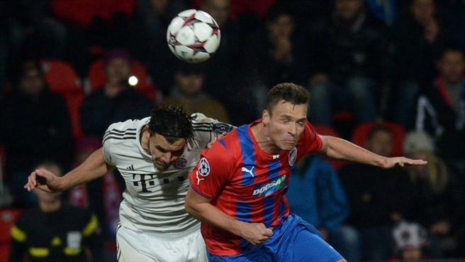 Neuer calls for Bayern improvement