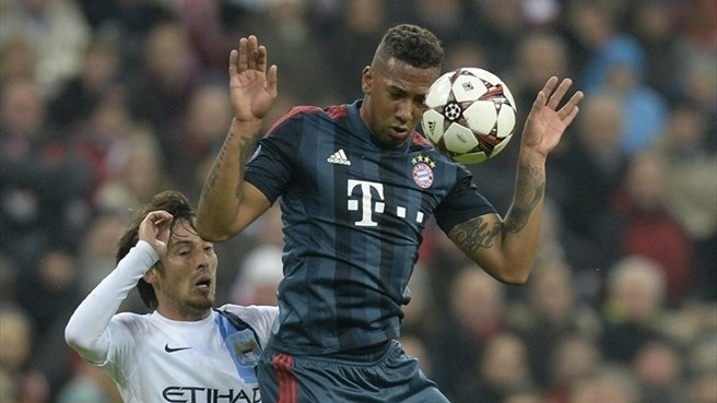 Boateng signs on for more at Bayern
