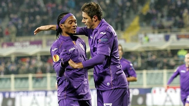 Fiorentina sink Dnipro to top Group E