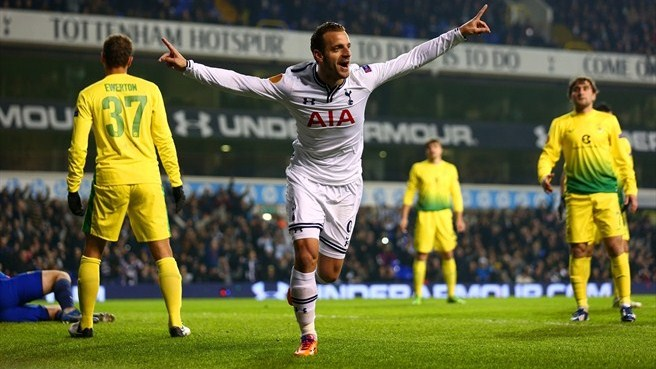 Soldado flourish maintains Spurs's flawless run