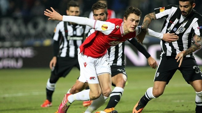 AZ pip PAOK to top spot in Group L