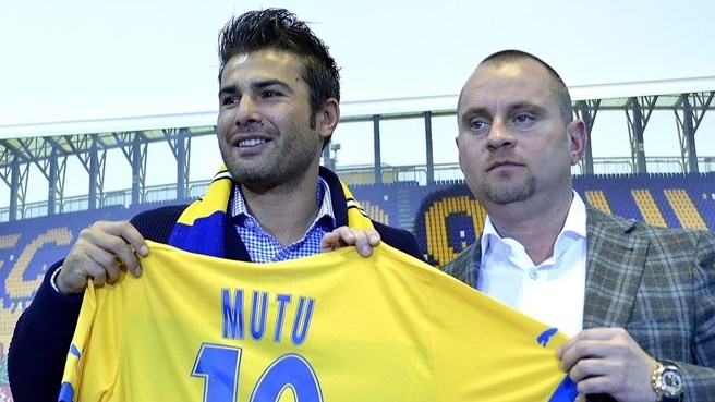 Ambitious Mutu back in Romania with Petrolul