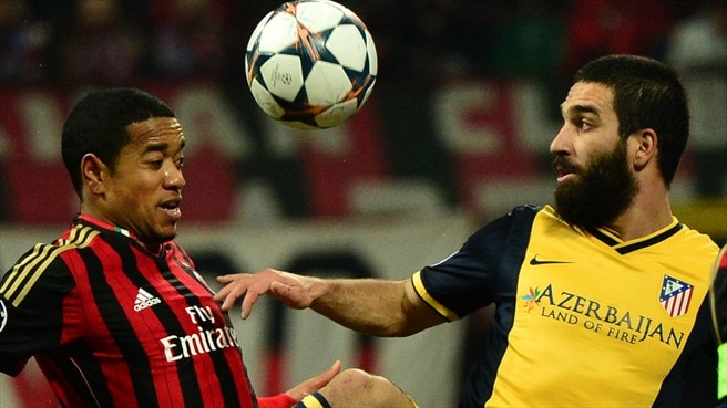 Roma entice free agent Emanuelson
