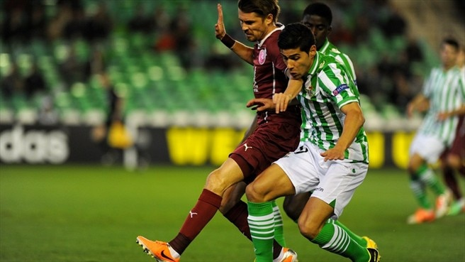 Ten-man Rubin recover to draw at Betis