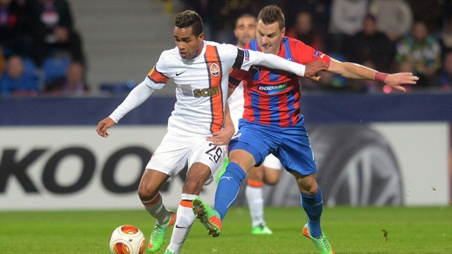 Shakhtar keep Plzeň in check