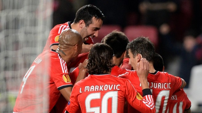 Benfica make light work of PAOK to progress