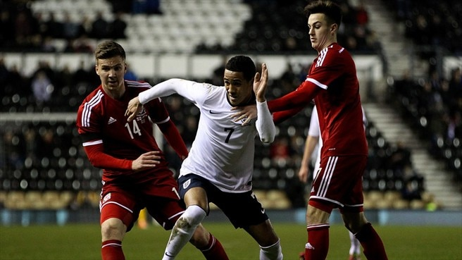 Thomas Ince (England), Lee Evans & Thomas Lawrence (Wales)