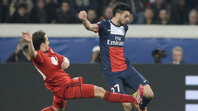 Andrés Guardado (Bayer 04 Leverkusen) & Javier Pastore (Paris Saint-Germain)