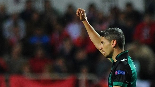Betis out to close the door on Sevilla