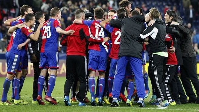 Ten-man Basel recover to stun Salzburg