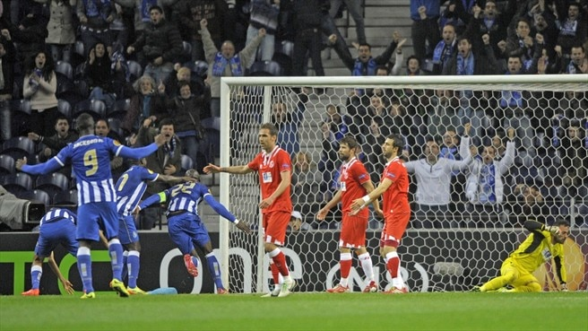 Mangala swoops to earn Porto victory over Sevilla