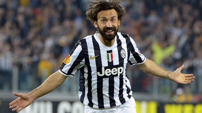 Pirlo signs on at Juventus for two more years