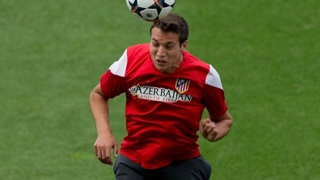 Manquillo makes Liverpool move