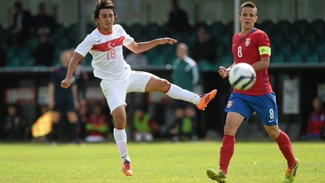 Last-gasp Serbia seal progress at Turkey's expense