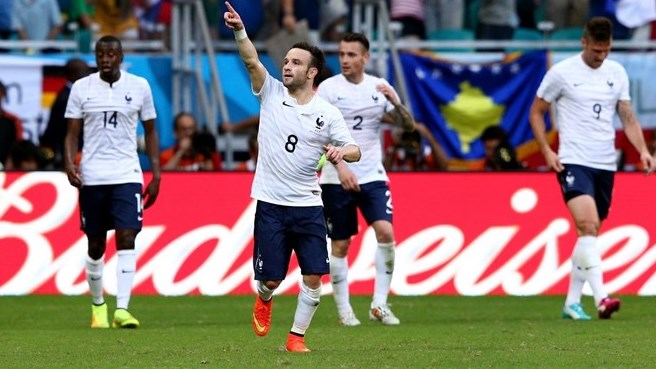 Flourishing France sweep aside Switzerland