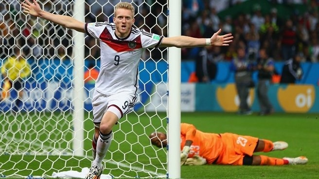 Germany survive Algeria scare to reach last eight
