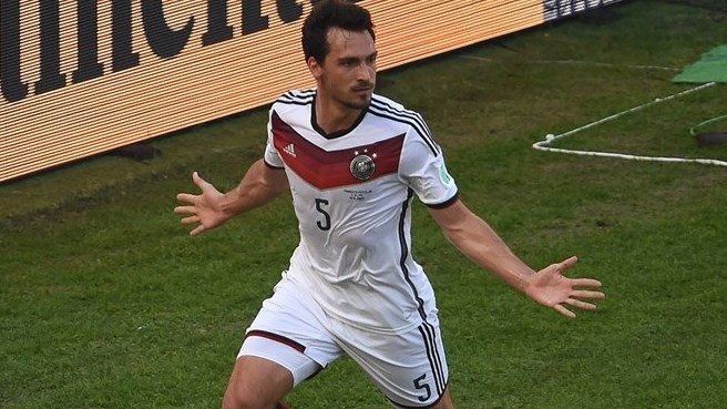 Hummels heads Germany past France