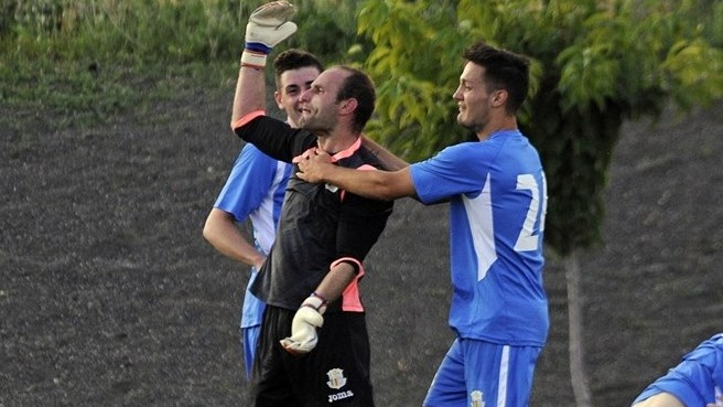 Keeper Casals inspiring Santa Coloma