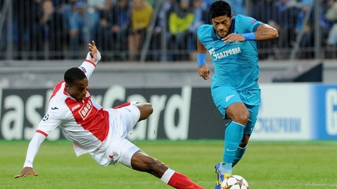 Hulk double puts Zenit in the group stage
