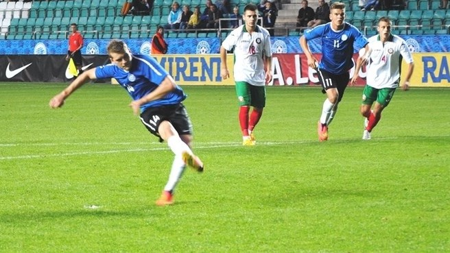 Estonia and Bulgaria share the spoils