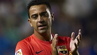 Xavi becomes eighth to make 500 Liga appearances