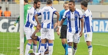 Lucescu stunned, Porto happy with just reward