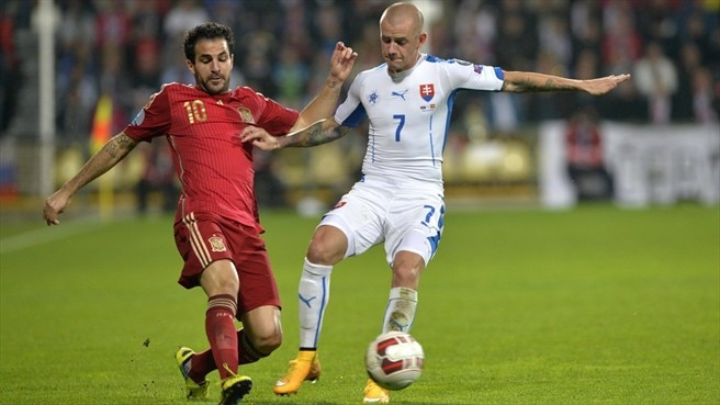 Slovakia's Stoch strikes late to end Spain run