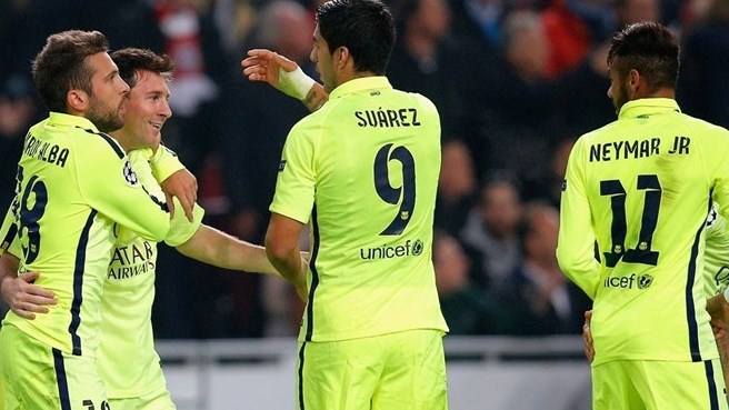 Messi matches goal record as Barcelona advance