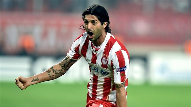Olympiacos celebrate 42nd Greek title
