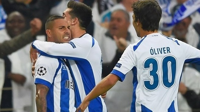 Porto assume pole position against Bayern