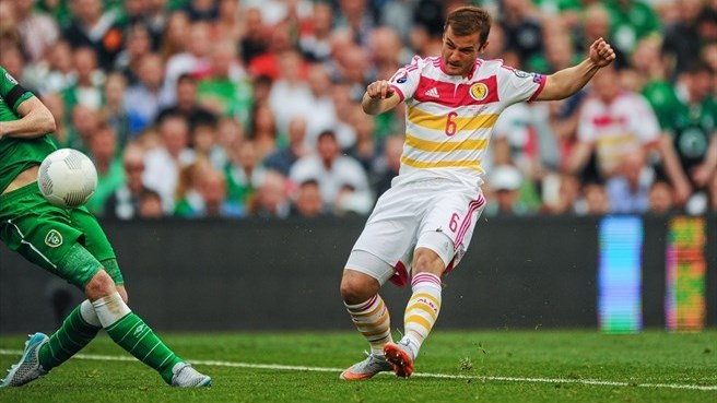 O'Shea own goal rescues Scotland point in Ireland