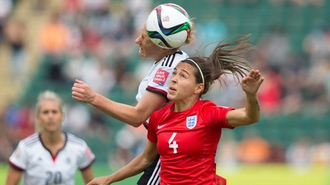 Melanie Behringer (Germany) & Fara Williams (England)