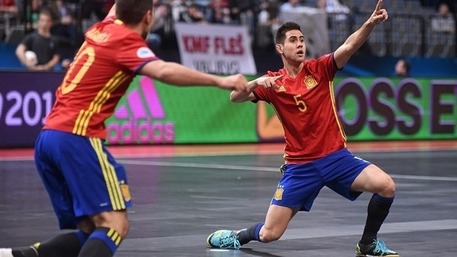 Spain down Kazakhstan to set up Russia final