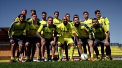 Villarreal's skill challenge: Watch them build a yellow castle