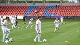 Norway players warm up