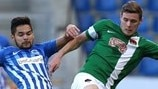 Sandy Walsh (Genk) & Garry Buckley (Cork City)