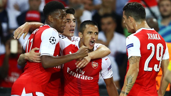 Sánchez strike ensures Arsenal deny Paris