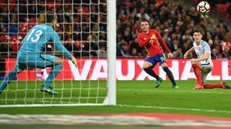 Spain deflate England, Buffon holds Germany
