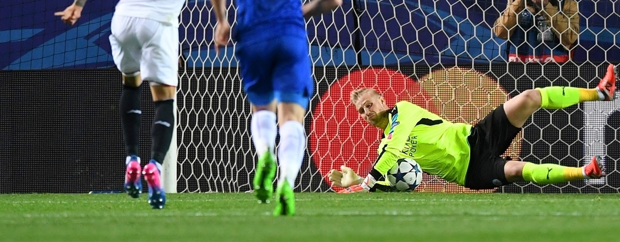 Leicester grateful for Schmeichel inspiration
