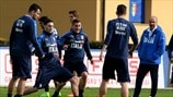 Italy players train