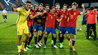 Spain hold nerve to defeat Germany on penalties