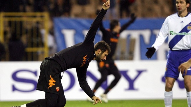 Vučinić fires Roma through