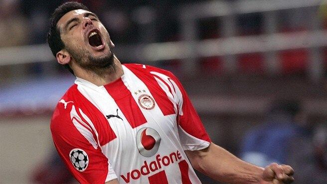 Olympiacos hero dedicates win to fans