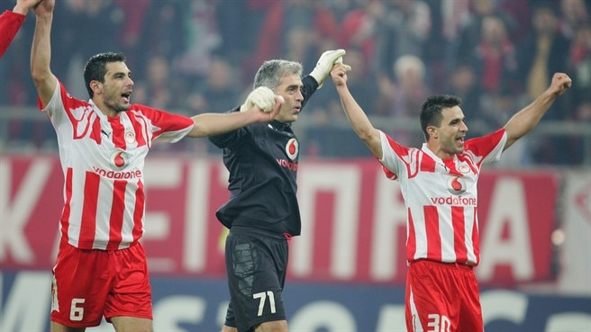 Veterans extend Olympiacos stays