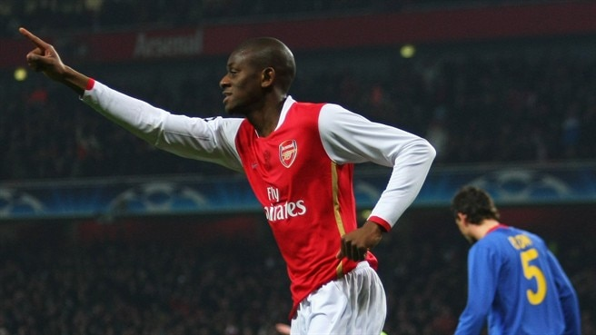 Diaby agrees new Arsenal deal