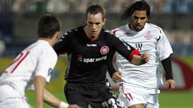 Belated AaB win knocks out Hapoel