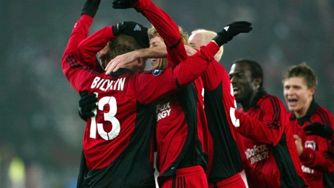 Leverkusen thrash Zürich to top group