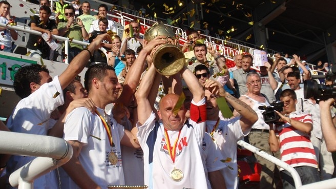 Teteks hold on to lift Macedonian Cup