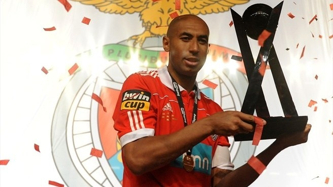 Benfica claim third Portuguese League Cup