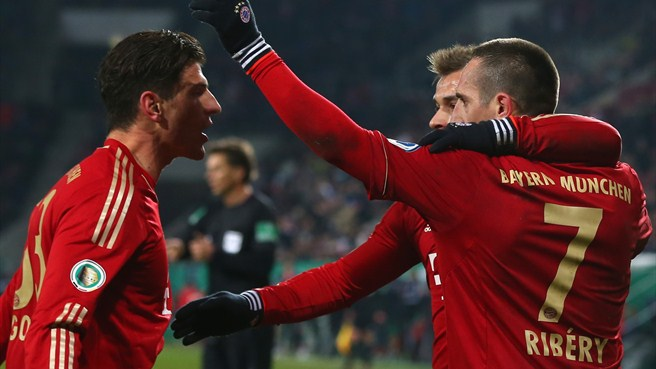 Bayern through, Fortuna humbled, Málaga relief
